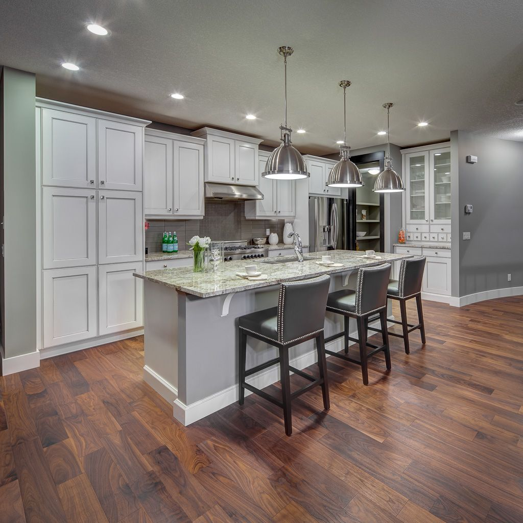 New Home Kitchen Design: The Willow Creek Model Kitchen