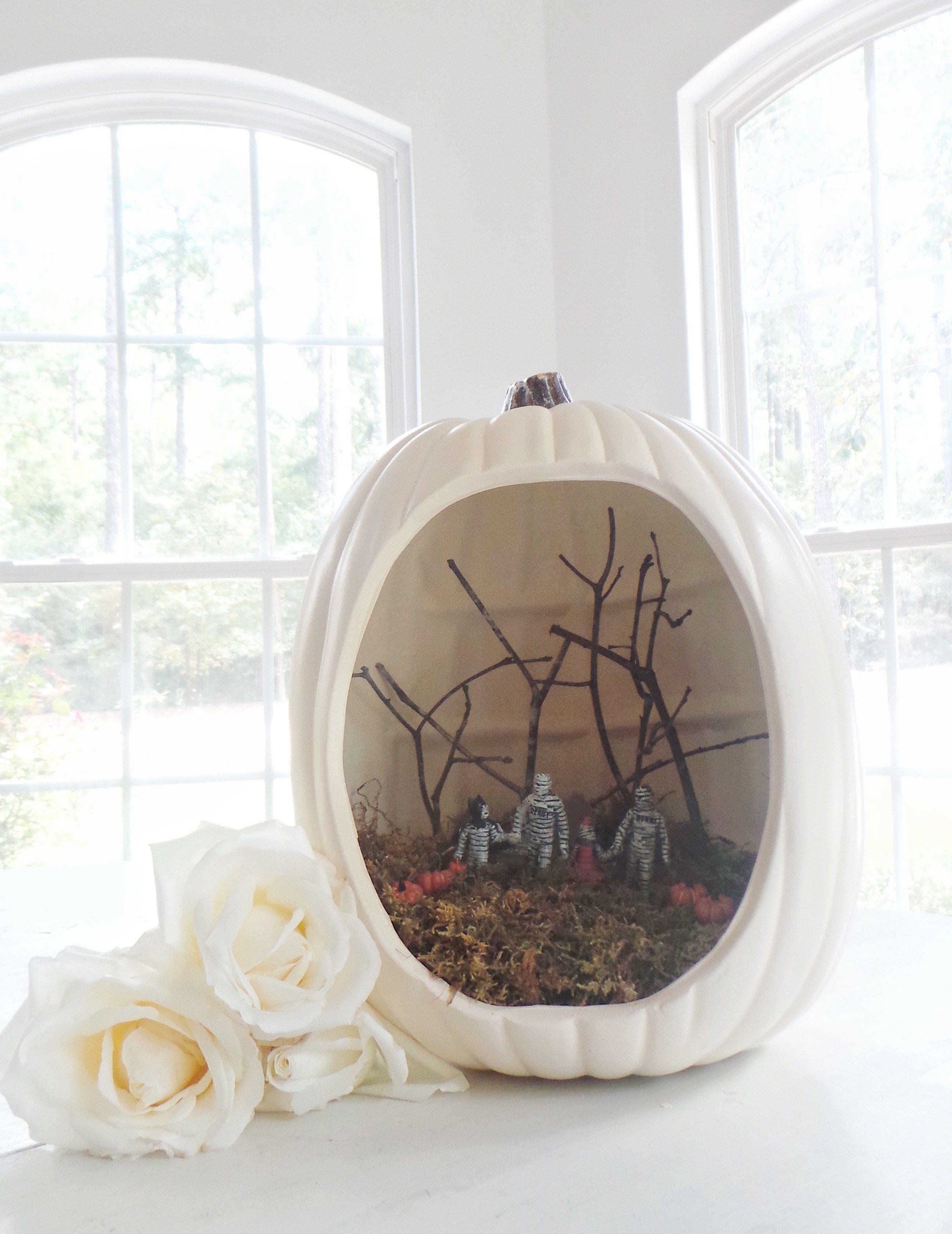 Pumpkin Diorama and DIY Spooky Kid Photos for Halloween ...