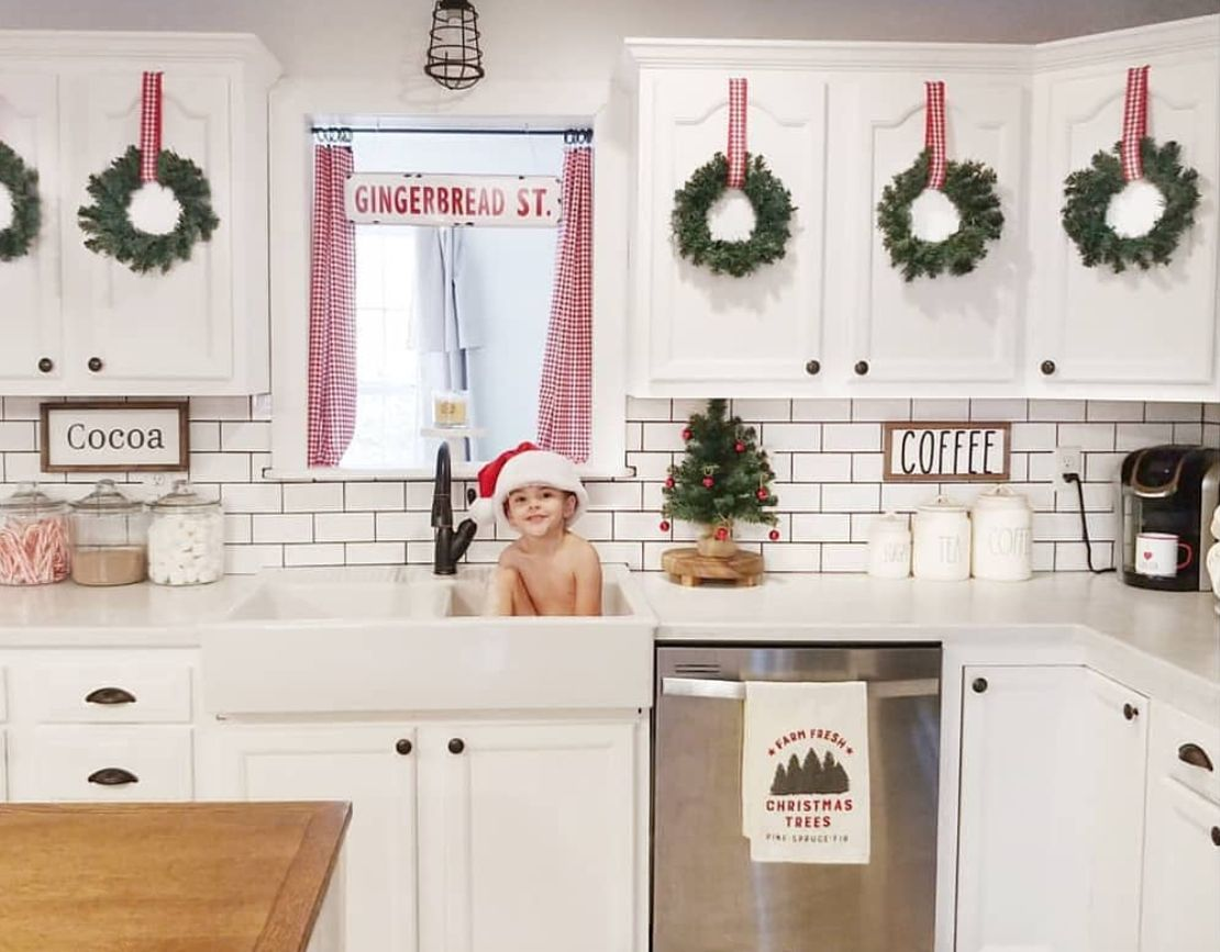 Yes To Mini Wreaths On The White Cabinet Doors Ourcozycottage Indoor Christmas Decorations Indoor Christmas Simple Christmas Decor