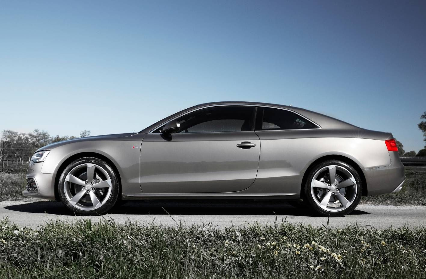 2015 audi a5 coupe images galleries with a bite. Black Bedroom Furniture Sets. Home Design Ideas