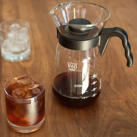 When the going gets hot, make iced coffee | Hario V60 Range Iced Coffee Maker 700ml