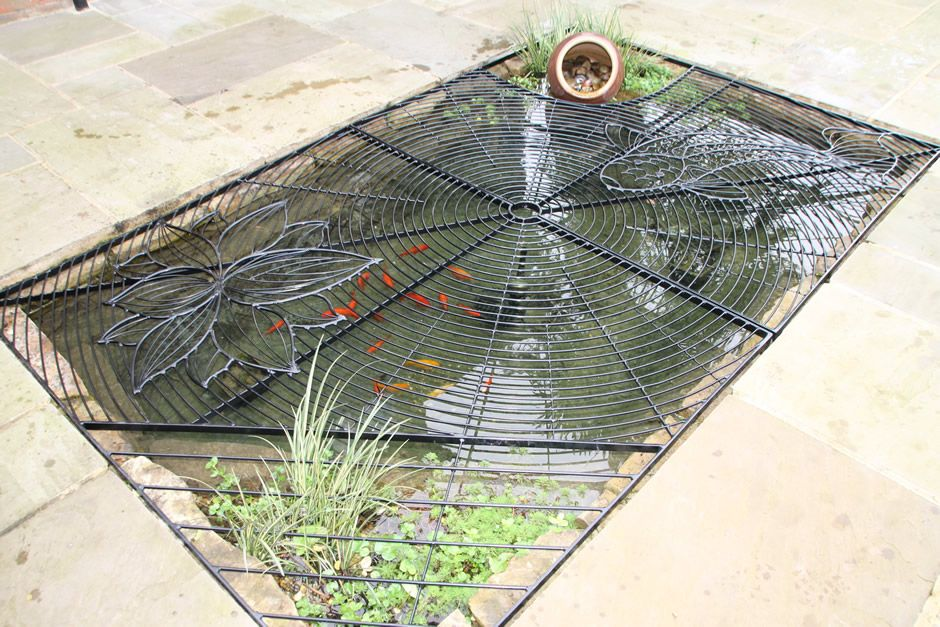 Heron safe koi pond cover sussex pond pinterest for Koi pool cover
