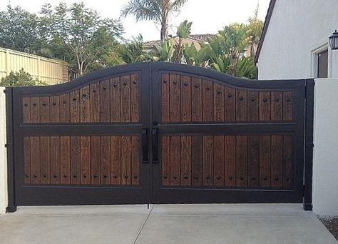 Large Metal Gates Google Search Backyard Gates Wood Gates Driveway House Gate Design