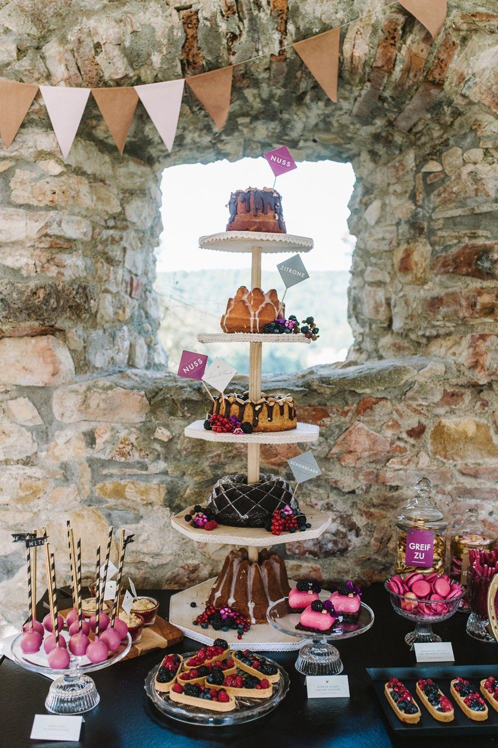 Gugelhupfturm Alternative Hochzeitstorte Hayingen Maisenburg Jade