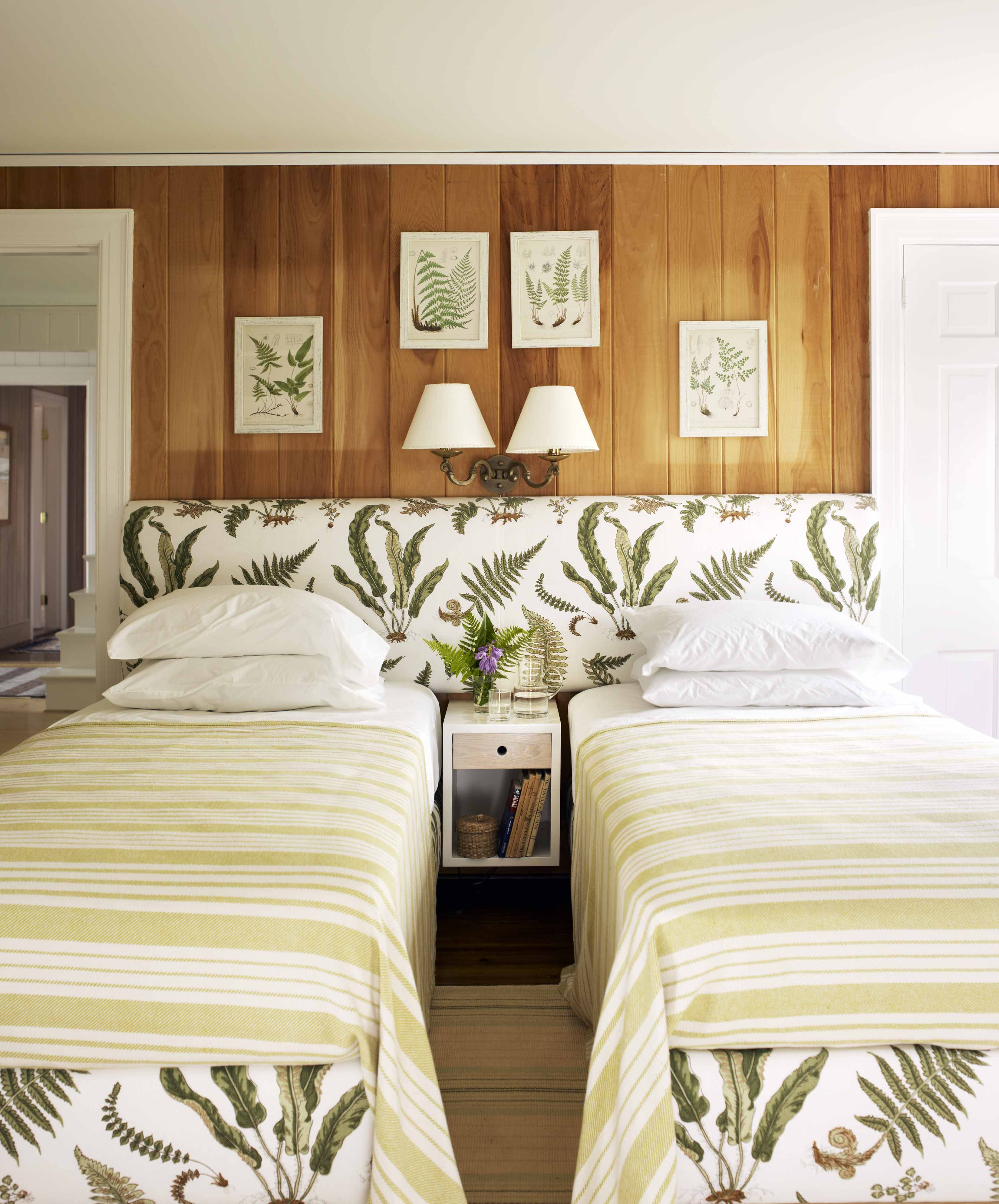 Twin bedding guest room - Channeling Spring Botanicals With Our Les Fougeres Print Design By Tom Scheerer Schustagram