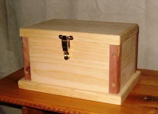 comment construire un boite en bois les plant sont gratuit tr s cool voila une id e qui va. Black Bedroom Furniture Sets. Home Design Ideas