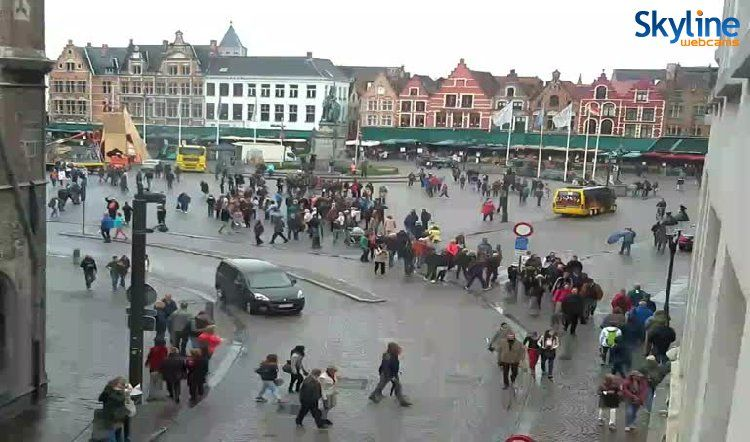 Camara Web En Tiempo Real Market Square In Bruges Brujas Camaras Web Vistas