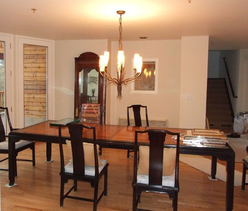 Dining Room Minimalist Design Apply Simple Table And Chairs Plus Decorated Modest Chandelier Crystal Reinforce Elegant