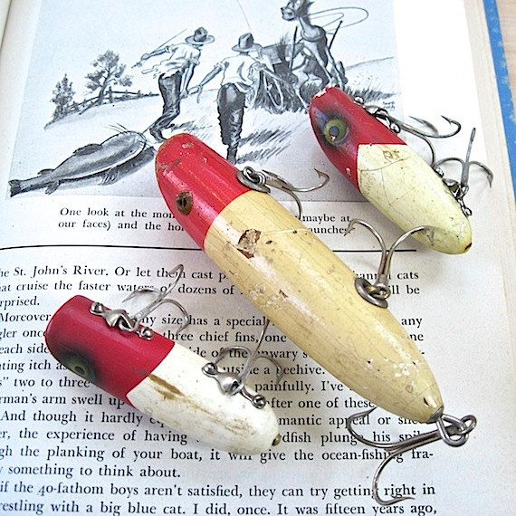 Antique redhead wooden fishing lures 1930s vintage red and for Old wooden fishing lures