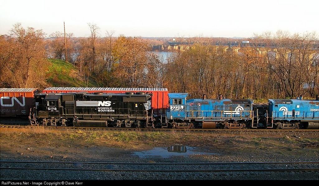 RailPictures.Net Photo: NS 5178 Norfolk Southern EMD GP38-2 at Enola, Pennsylvania by Dave Kerr