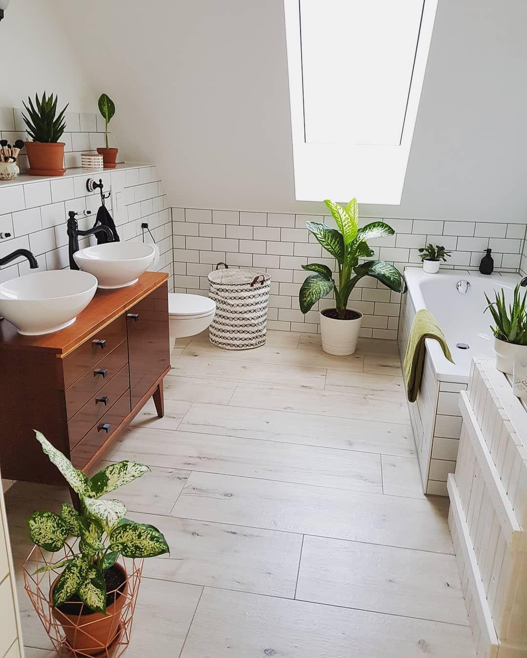 Wildboholife Lifestyleblog On Instagram Es Ist Sooo Schon Endlich Ein Bad Zu Haben Wie Man Es Immer Gerne W Mit Bildern Schrank Selber Bauen Waschtisch Badezimmerideen