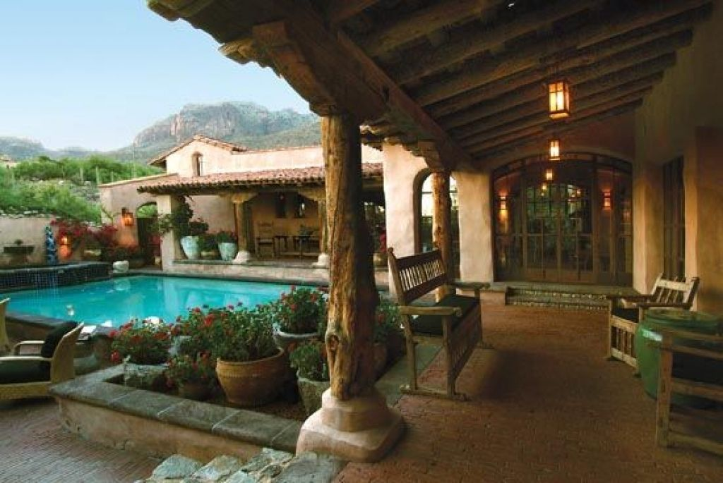 Courtyard home designs fine spanish hacienda courtyard for Adobe hacienda house plans