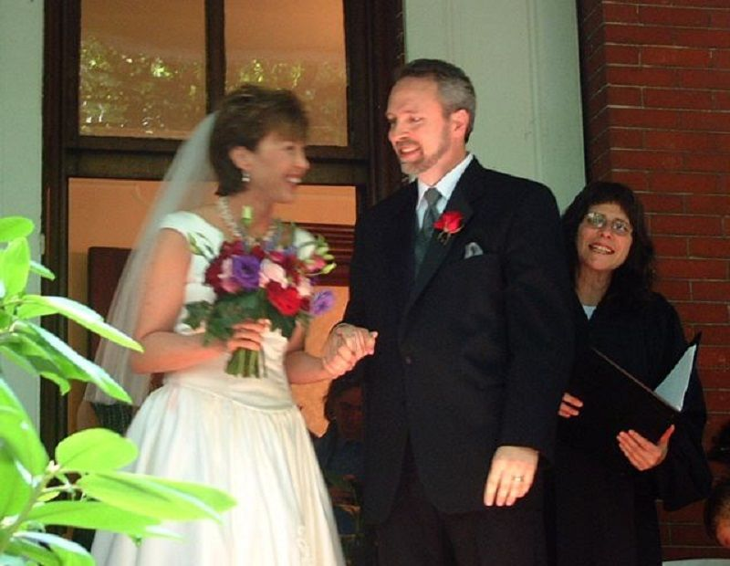 Elizabeth Frumin, Weddings With Heart