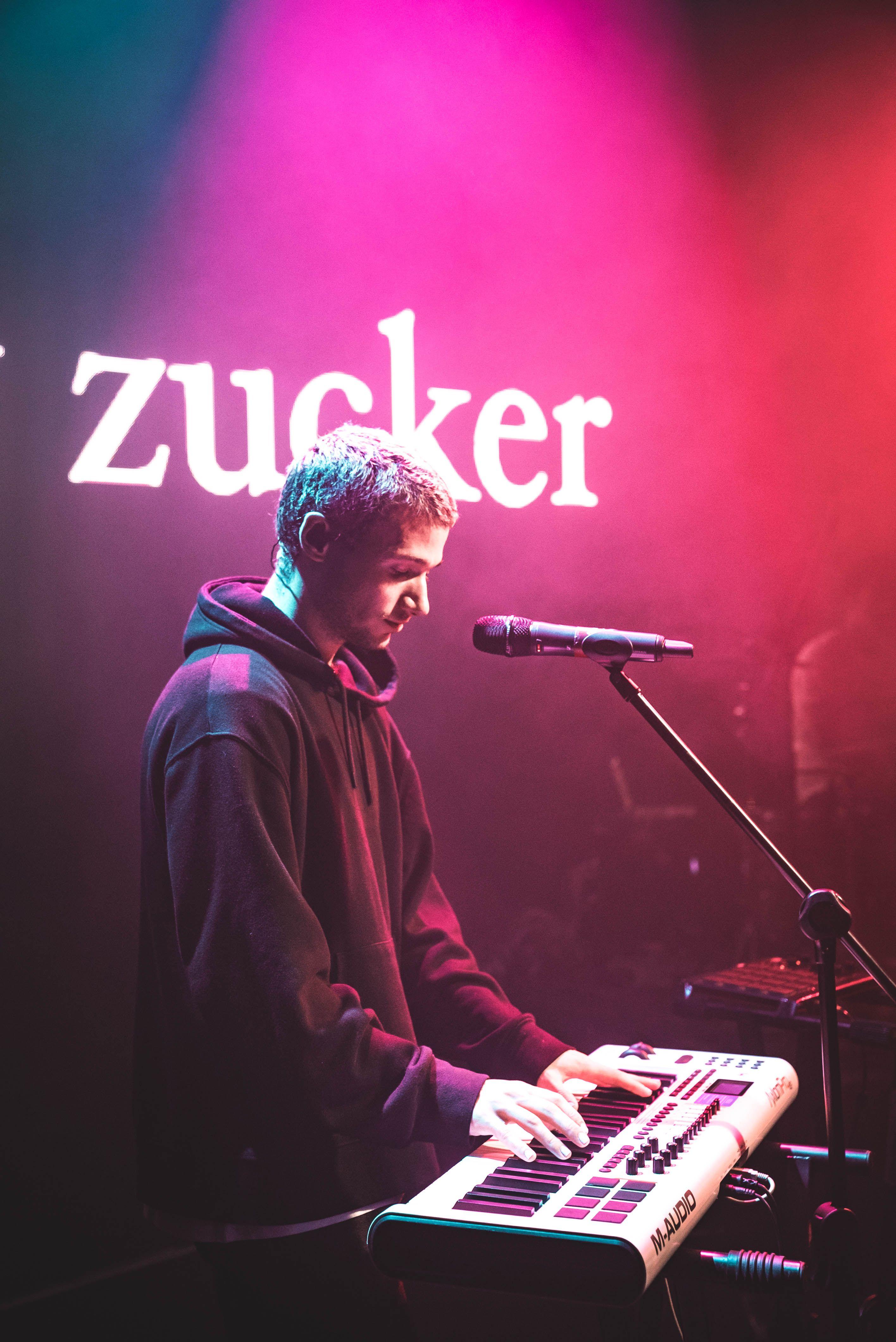 Jeremy Zucker In Manila Jeremy Post Rock Purple Aesthetic