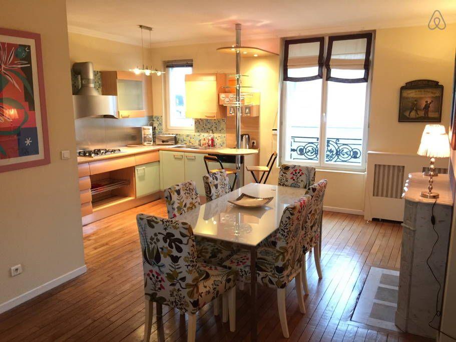 Apartment in Reims, France Cuisine ouverte sur salon et salle à - Cuisine Ouverte Sur Salle A Manger Et Salon