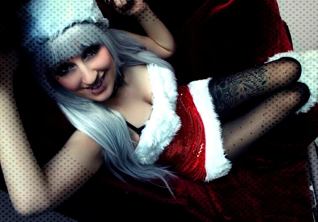 Merry Christmas everyone ! :3 ---☆☆----☆☆---☆☆☆----