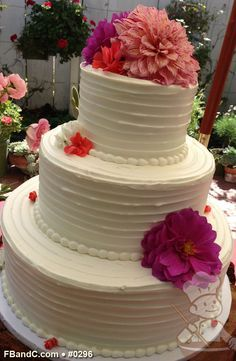 Fresh Cream Wedding Cake Google Search Wedding Cake Wedding