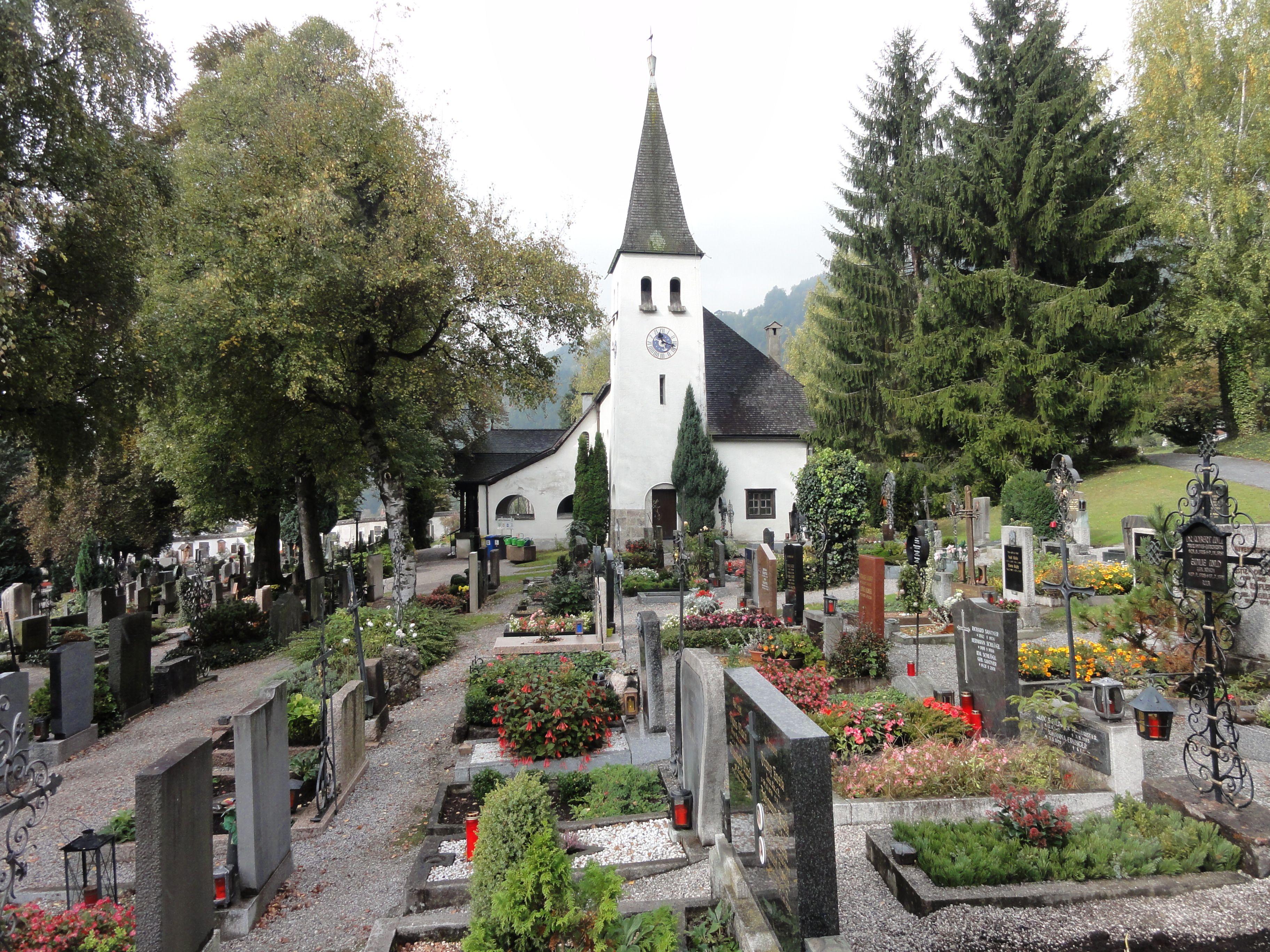 Friedhof_Mühlau1.JPG (3648×2736)