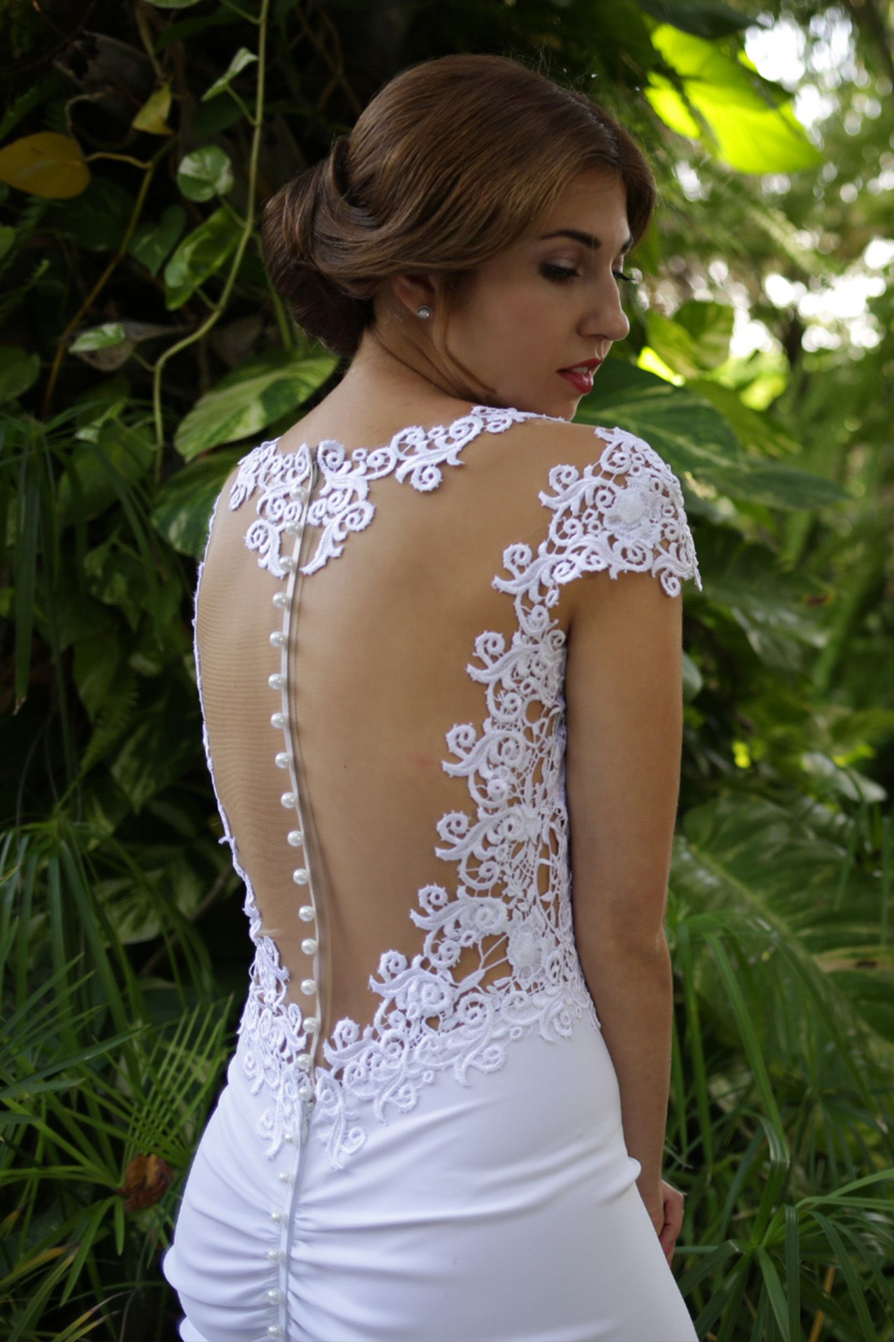 Awesome Gentle wedding dress Learn how to sew it here https corsetacademy