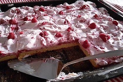 Fanta-Blechkuchen mit Himbeeren und Quark von _____Looanaa | Chefkoch #recipeforpiecrust
