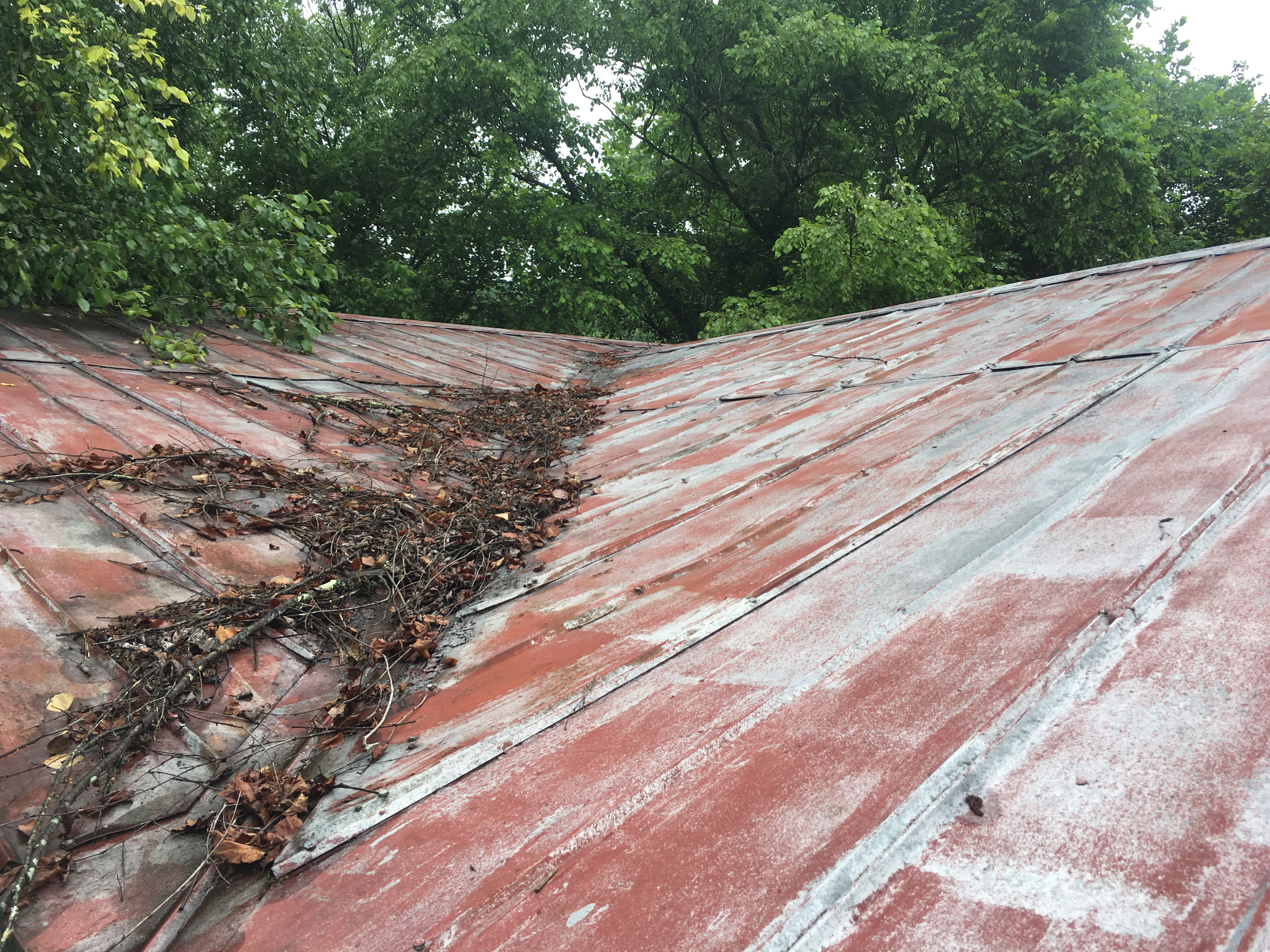 Metalroofing Will Outlast All Shingle Roofing Products This Roof Was Installed In The 60s And Is Finally Ready To Be Replace Roofing Shingling House Exterior
