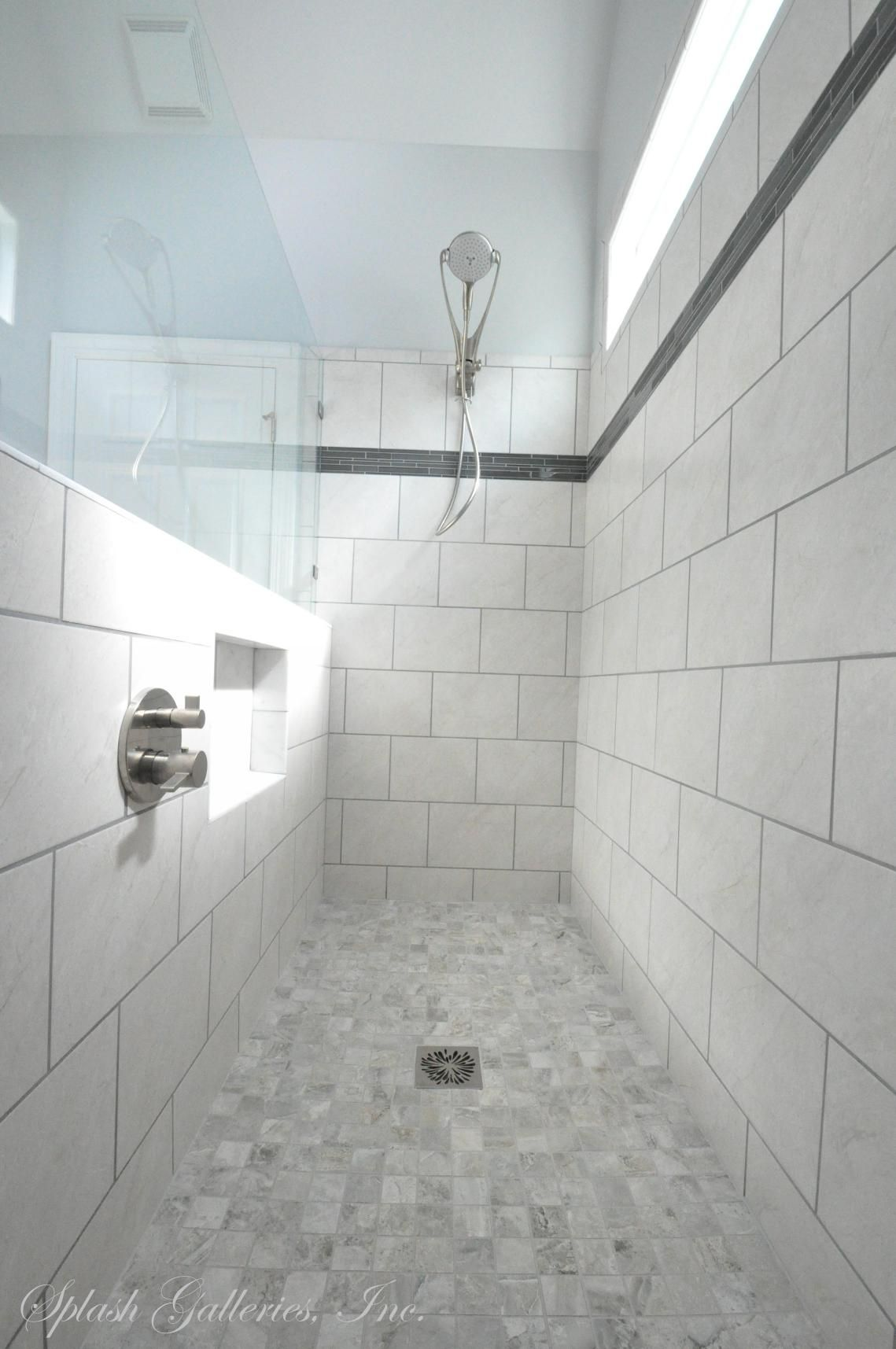 The Vim Products Level Entry Shower Makes Way For A Modern Updated Design That Is Fu Kitchen And Bath Showroom Bathroom Remodel Designs Master Bathroom Shower