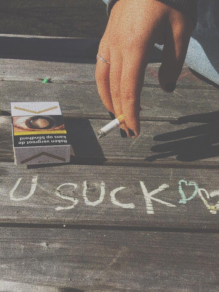 roztomilý emo kouření
