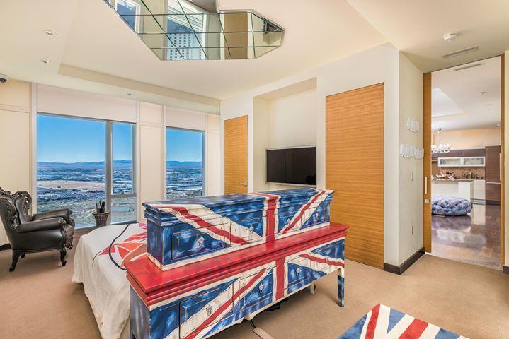 Luxury Real Estate Advisors residence at Mandarin Las Vegas 3903 $1.695 - Contact us for details. #vegas
