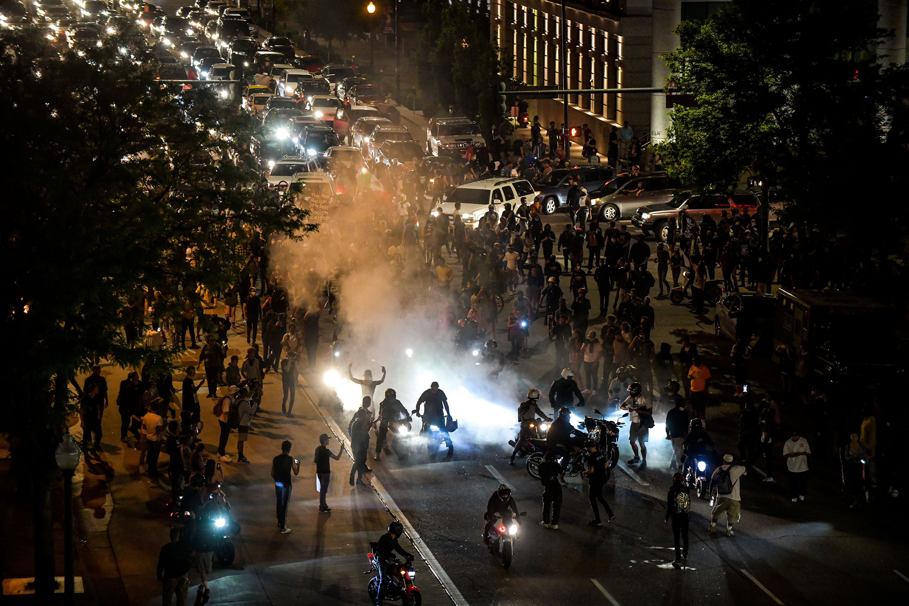 Man Shot And Killed As Protests Continue In Detroit In 2020 Boston Shopping Colorado State Capitol Culture Travel