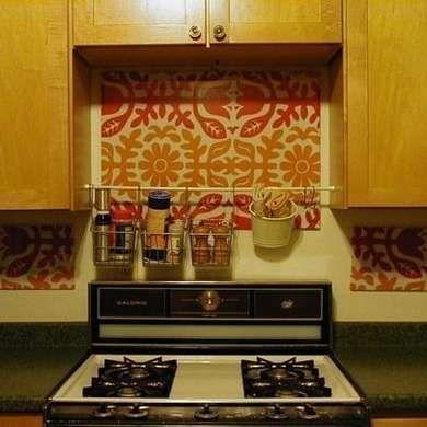 10 Diy Ways Renters Can Remake Their Space Colorful Kitchen Backsplash Apartment Organization Diy Diy Backsplash