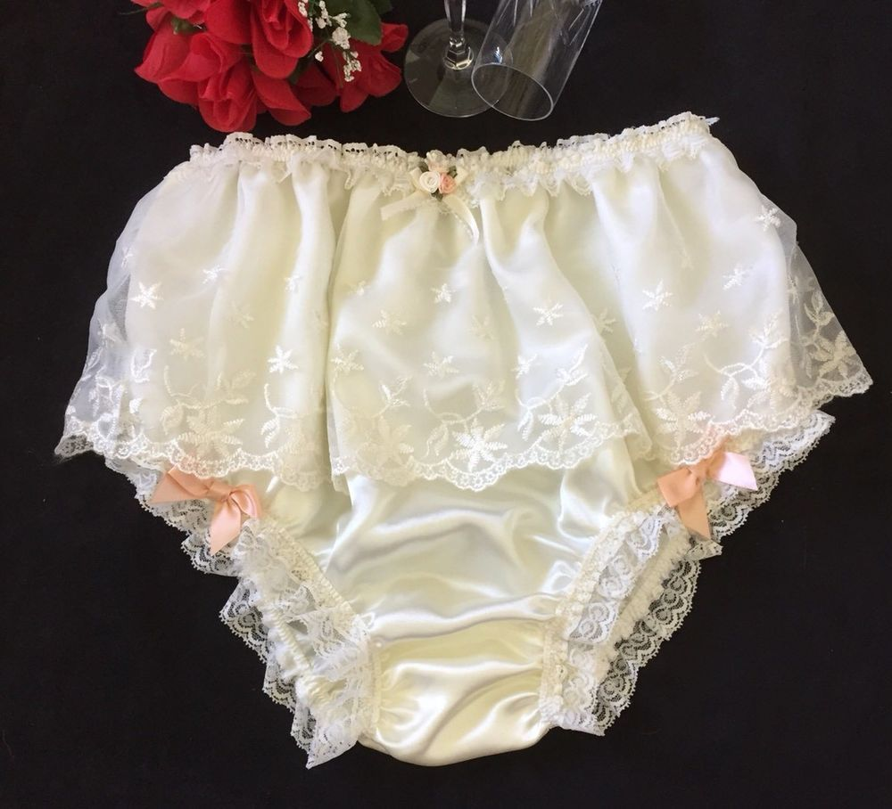 "568c7294e57 Ivory Peach Trim Satin Sissy Knickers Feminine Vintage Style Panties -  32"" 42""  HandmadeByJan  Glamour"