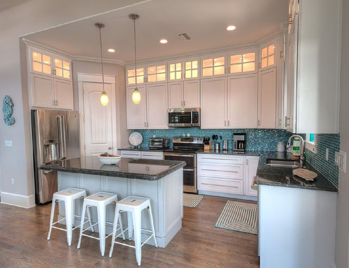 coastal kitchen with turquoise backsplash | Cool Kitchens ...