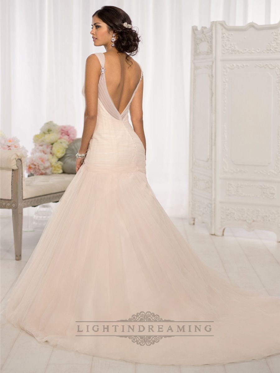 Browse Our Complete Selection Of Wedding Dresses, Each Influenced By The  Fashion House Of Europe And The Fashion Center Of New York.