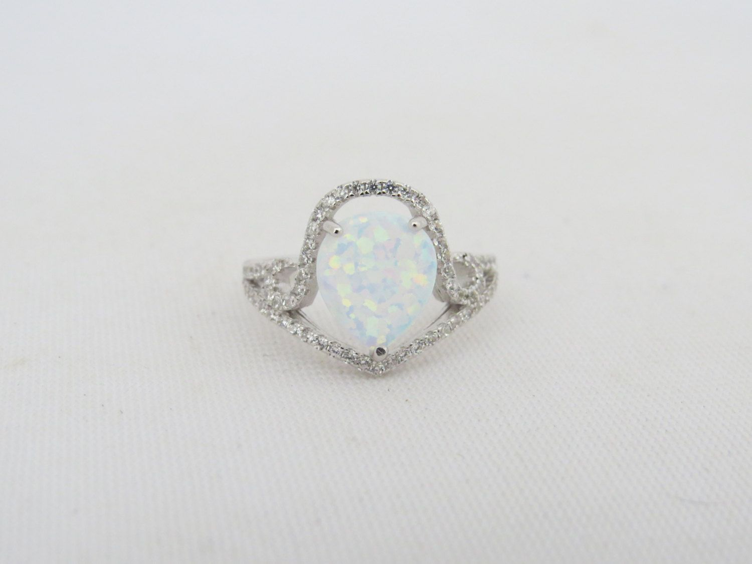 Vintage Sterling Silver White Opal /& White Topaz Pave Ring Size 7.25