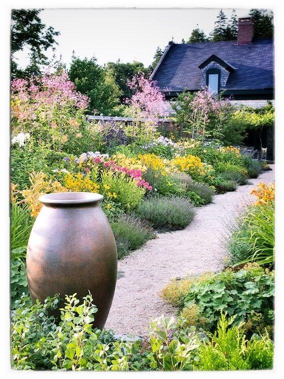8 Easy Flower Garden Ideas And Plans Jonesboro Memphis Perennials Landscape Ideas Flowers Annuals Jardines Jardin De Flores Jardines Rusticos