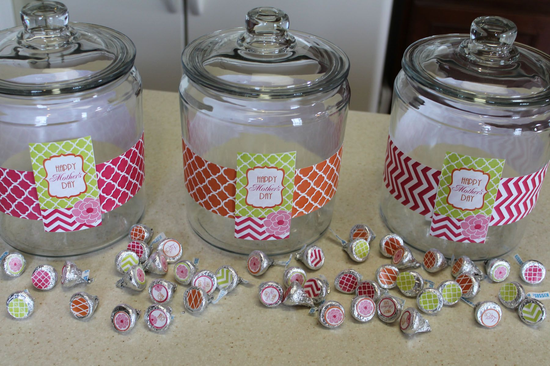 How To Decorate A Cookie Jar Use A Glass Cookie Jar For Salads  Cookie Jars Glass Cookie Jars