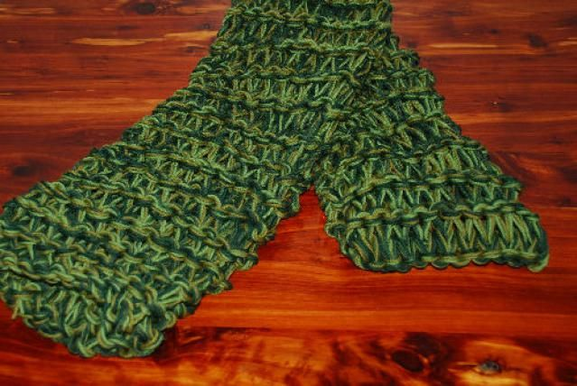 Dont Miss This Free Knitting Pattern For A Childs Poncho Easy