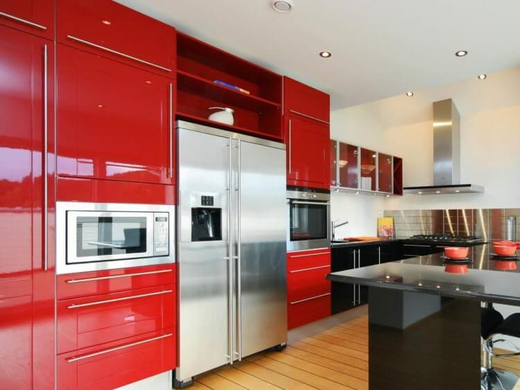 8 Hilarious Red Color Designs to Revolutionize Your Simple Kitchen ...