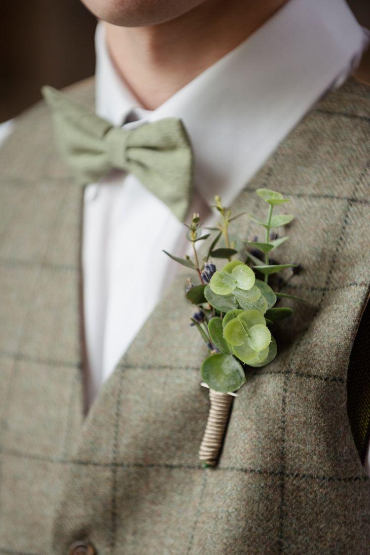 Greenery Onhole Groom Organic Foliage Rustic Wedding Ideas Http Www Sarahvivienne