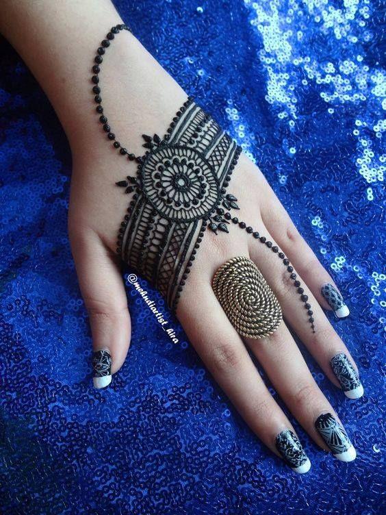 20 Beautful Henna Designs For Nikah: 32 Stunning Back Hand Henna Designs To Captivate Mehndi
