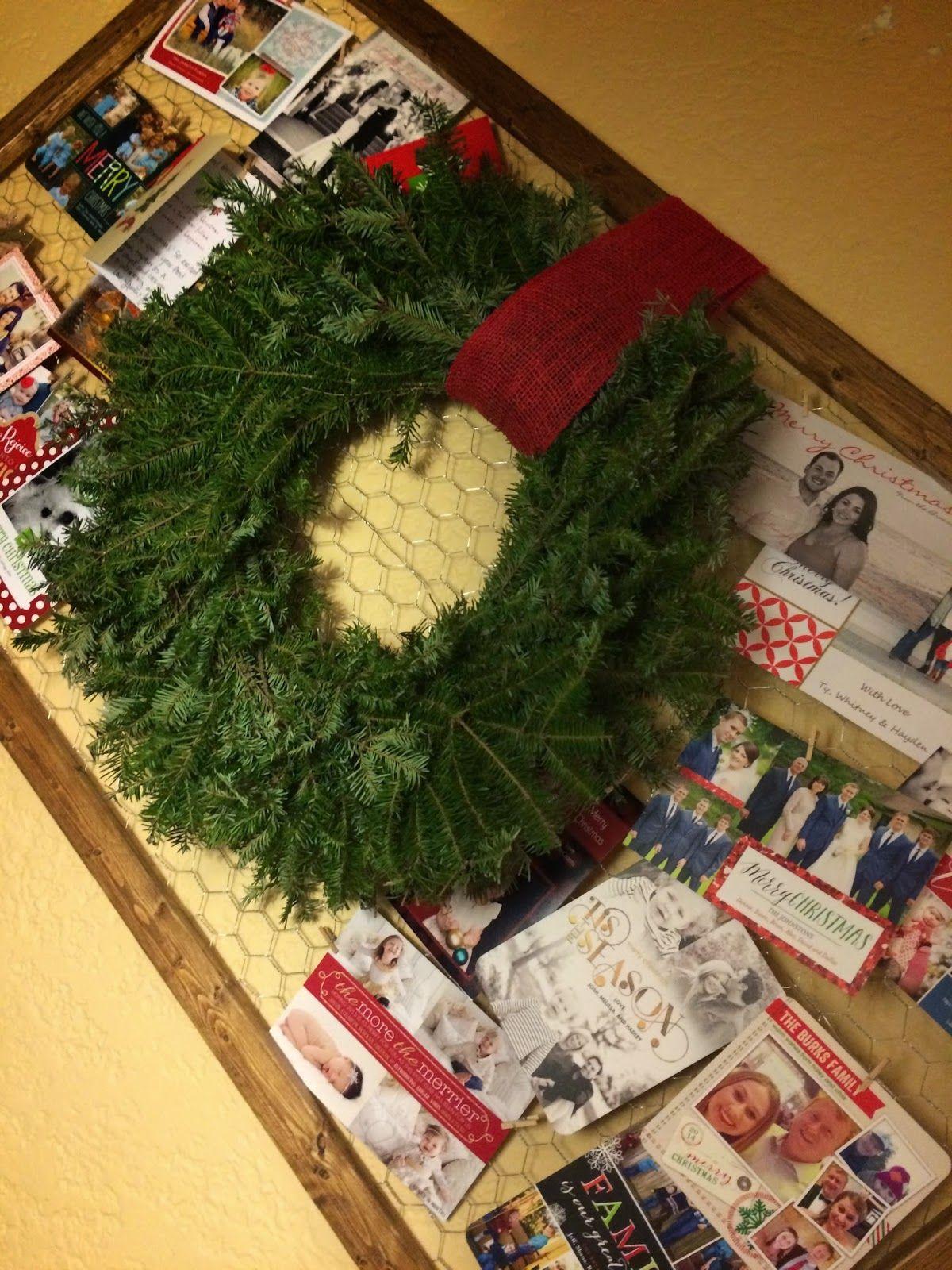 Christmas Card Holder + Wreath. DIY
