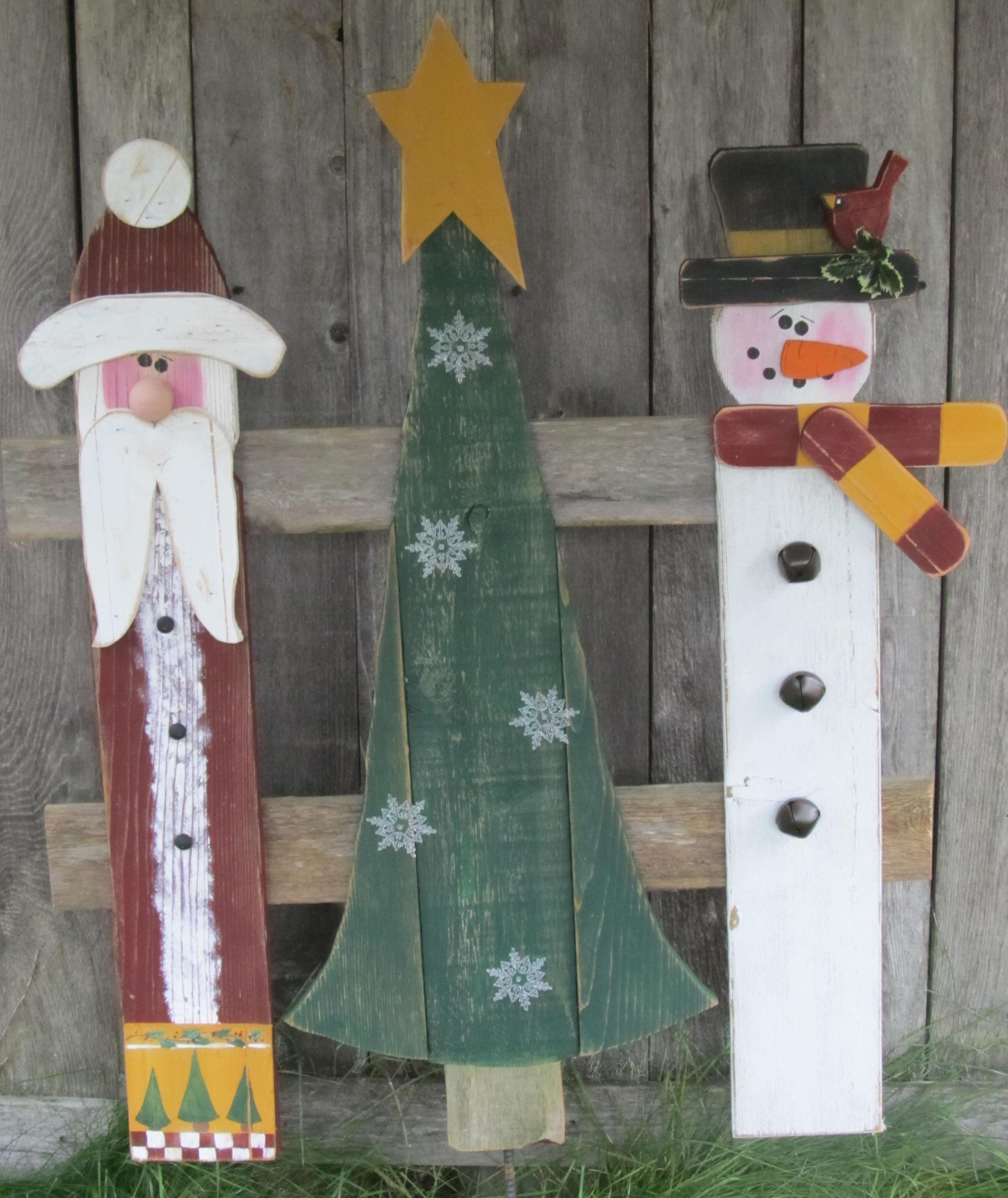 Christmas Trio Found At Thepicketyplaceblogspotcom