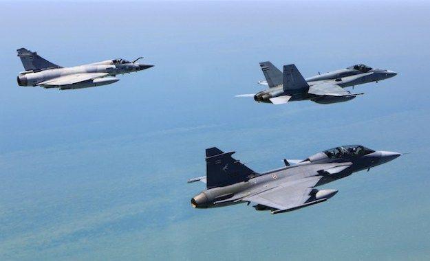 Saab Gripen Royal Thai Air Force | Air force, Royal