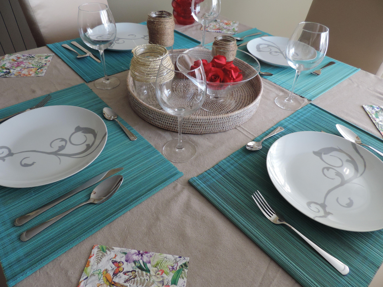 Mesa decorada turquesa