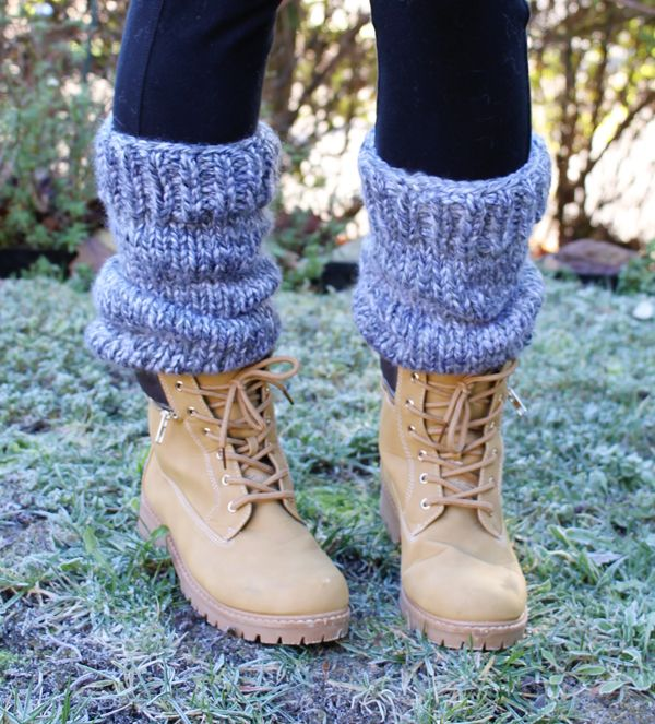 Free Knitting Pattern: Chunky Slouchy Leg Warmers | Stulpen, Mütze ...