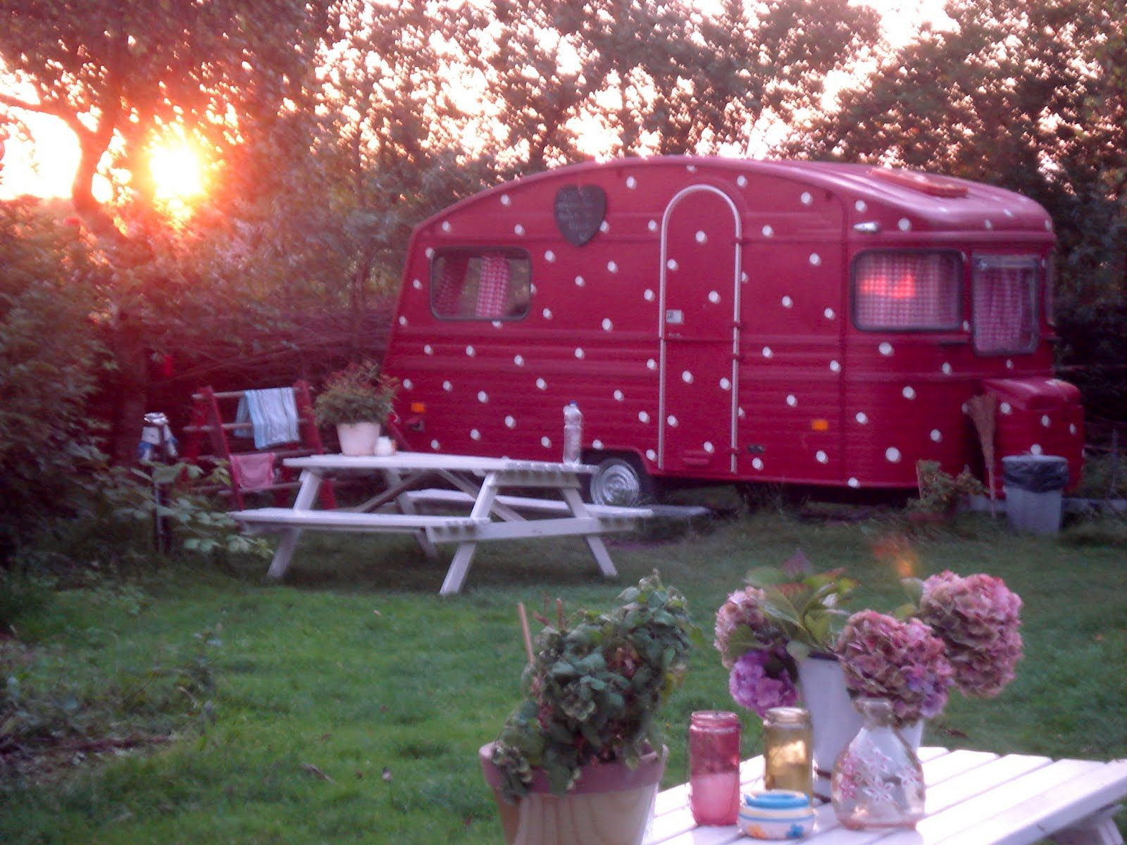 red polka dot camper with red gingham curtains ♥