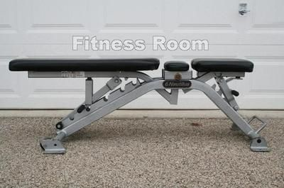 Nautilus Commercial Adjustable Utility Dumbbell Bench