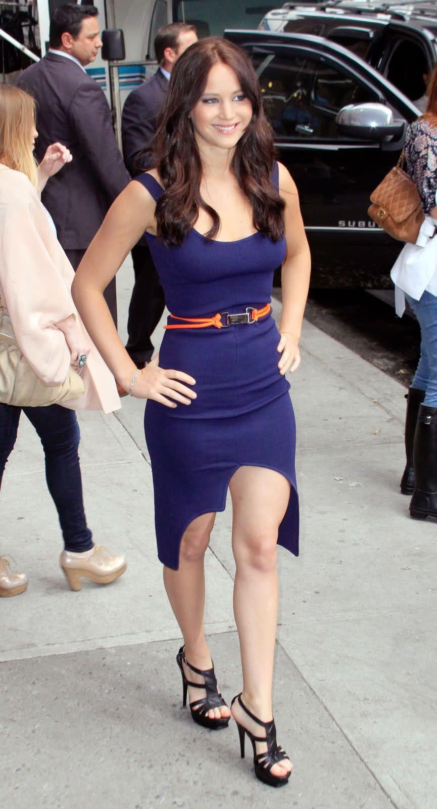 JENNIFER LAWRNECE LEGS PHOTOS | Thread: Jennifer Lawrence Flashing ...