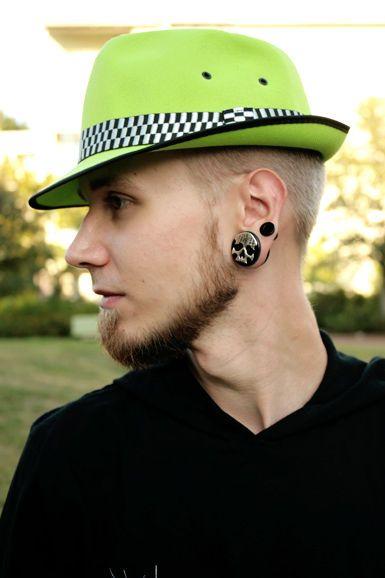 Ska Hattu -Neonvihreä