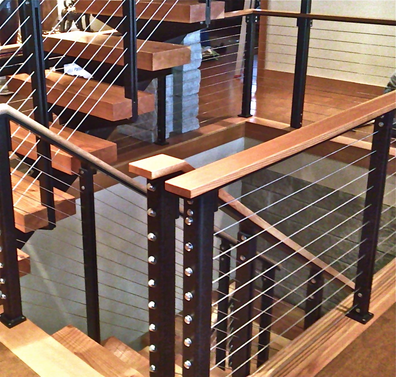 Best Custom Cable Rail With Wood Top Cap And Powder Coated 400 x 300